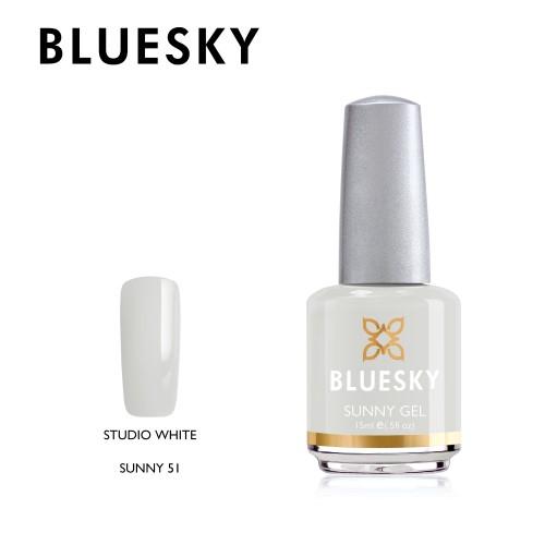 Esmalte tradicional Bluesky - Sunny51 Studio white - blanco tiza